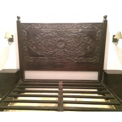 Scroll Frame Bed