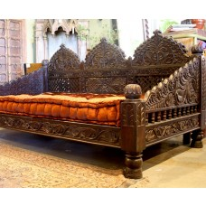 Jhula Day Bed