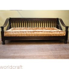 Rosewood Plantation Daybed.