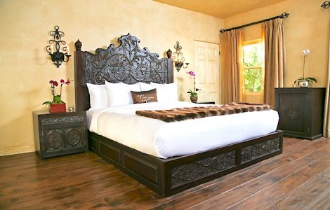 Indian Style Bedding in Boutique Hotel