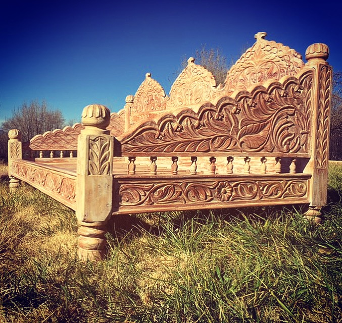 Light Jhula DayBed